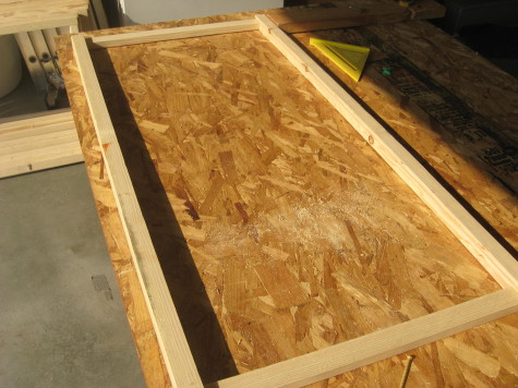 Building a garden Cold Frame - Assemble tops